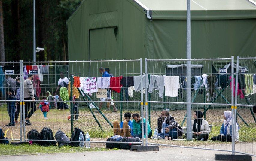 Pabėgėlių priėmimo centre sunkiai serga apie 20 migrantų