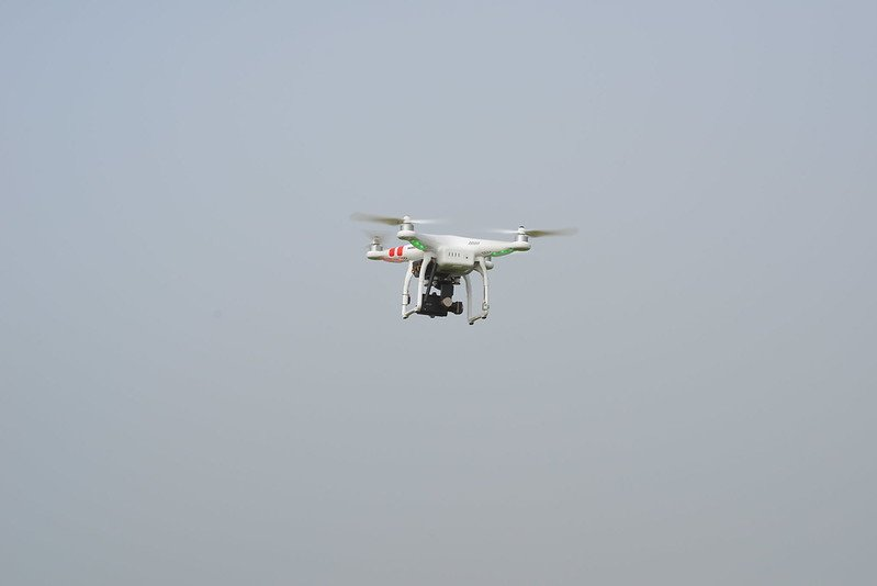 JAV pareigūnai: iš drono smogta į Kabulo oro uostą važiavusiems sprogdintojams
