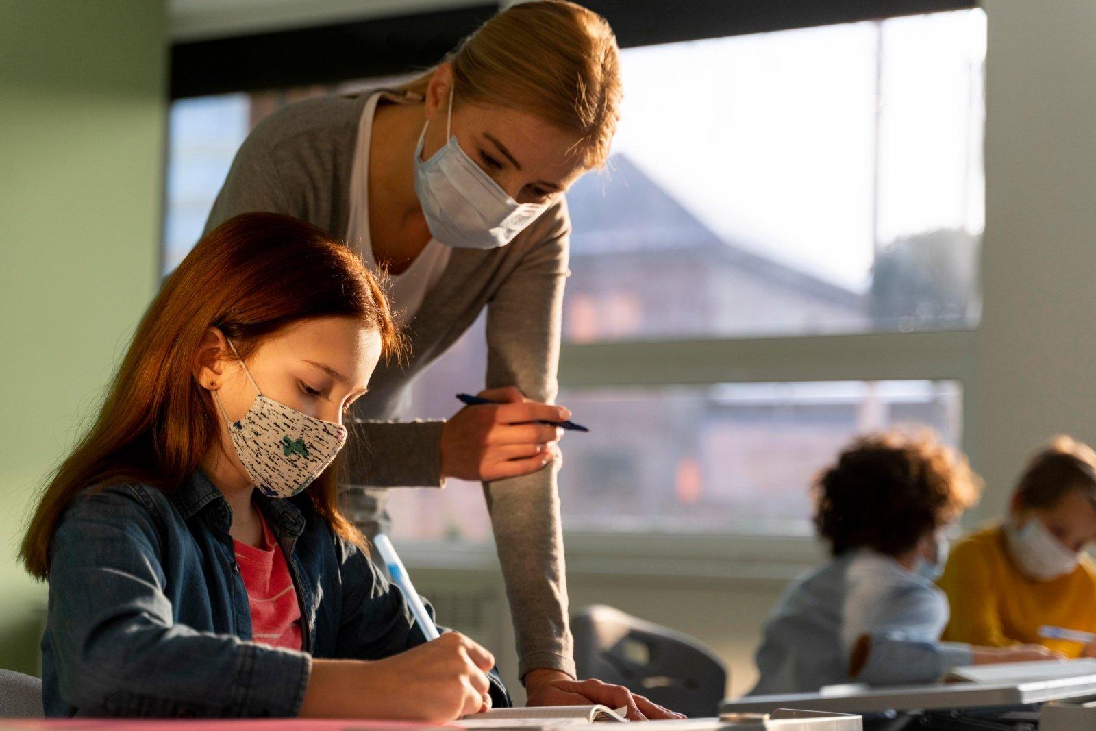 Darbą pradėjo ir nauja mokytojų karta