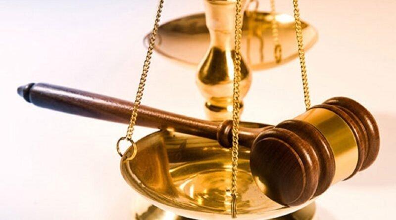 Teismas nutarė, kad iki galutinio teismo sprendimo mokyklų sujungimas lieka sustabdytas