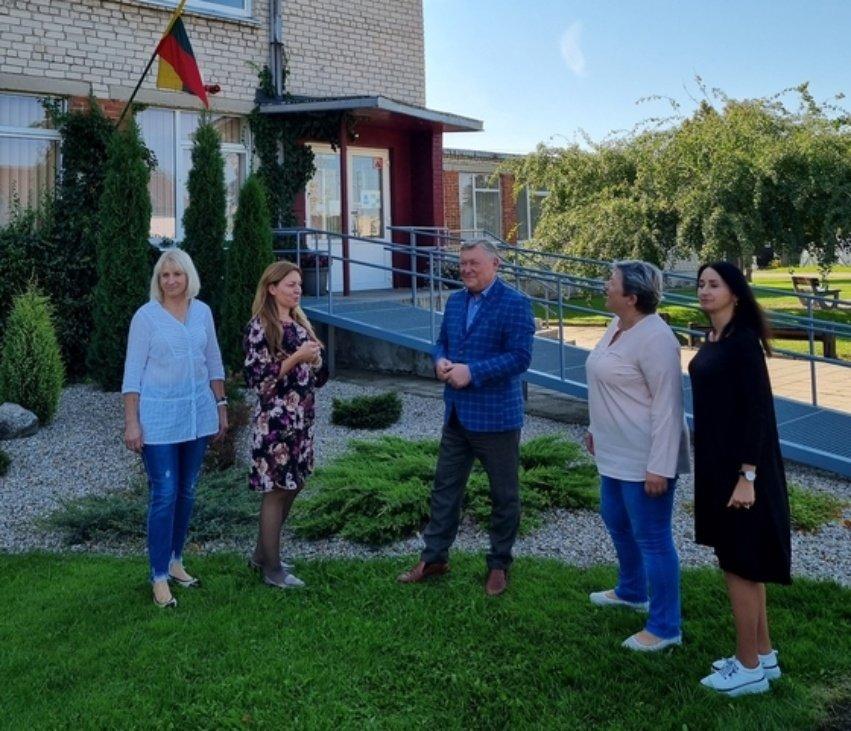 Vytautas Simelis apsilankė Radviliškio muzikos mokykloje