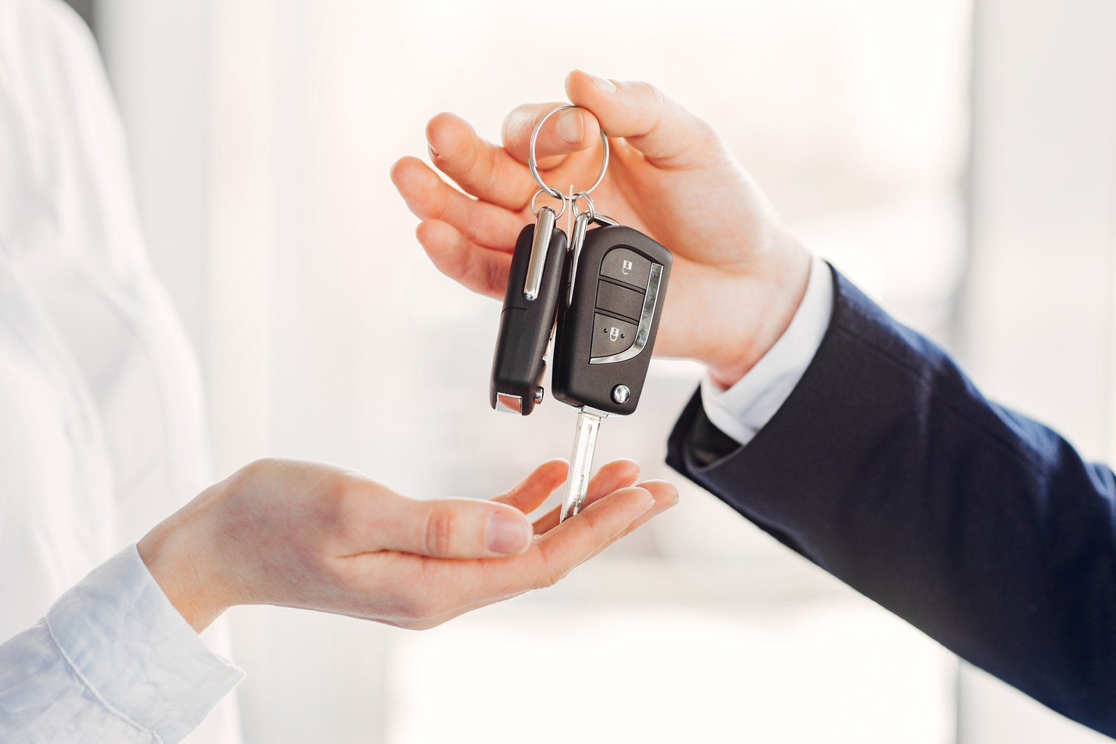 Daugėja norinčiųjų įsigyti automobilį, kainos vidutiniškai išaugo 6–10 procentų
