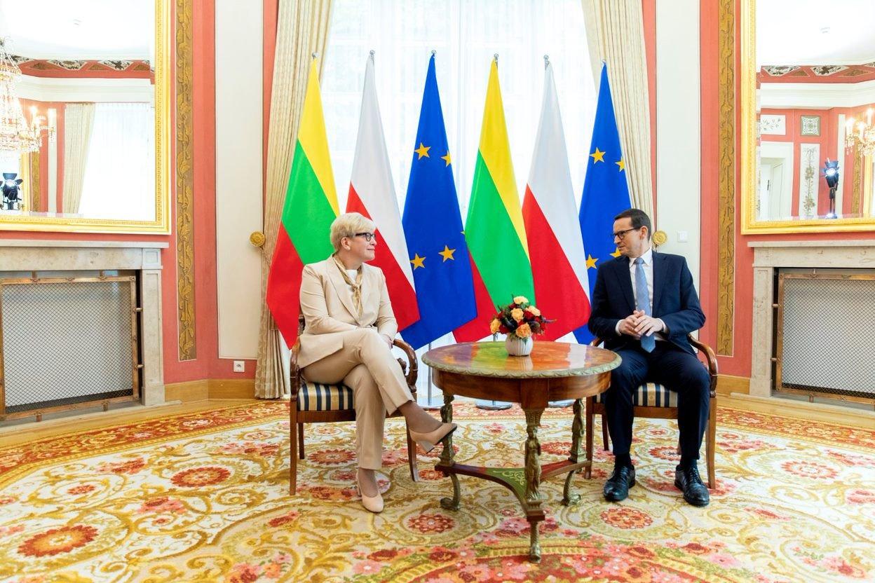 Lietuvos ir Lenkijos premjerai aptarė strateginės partnerystės stiprinimą