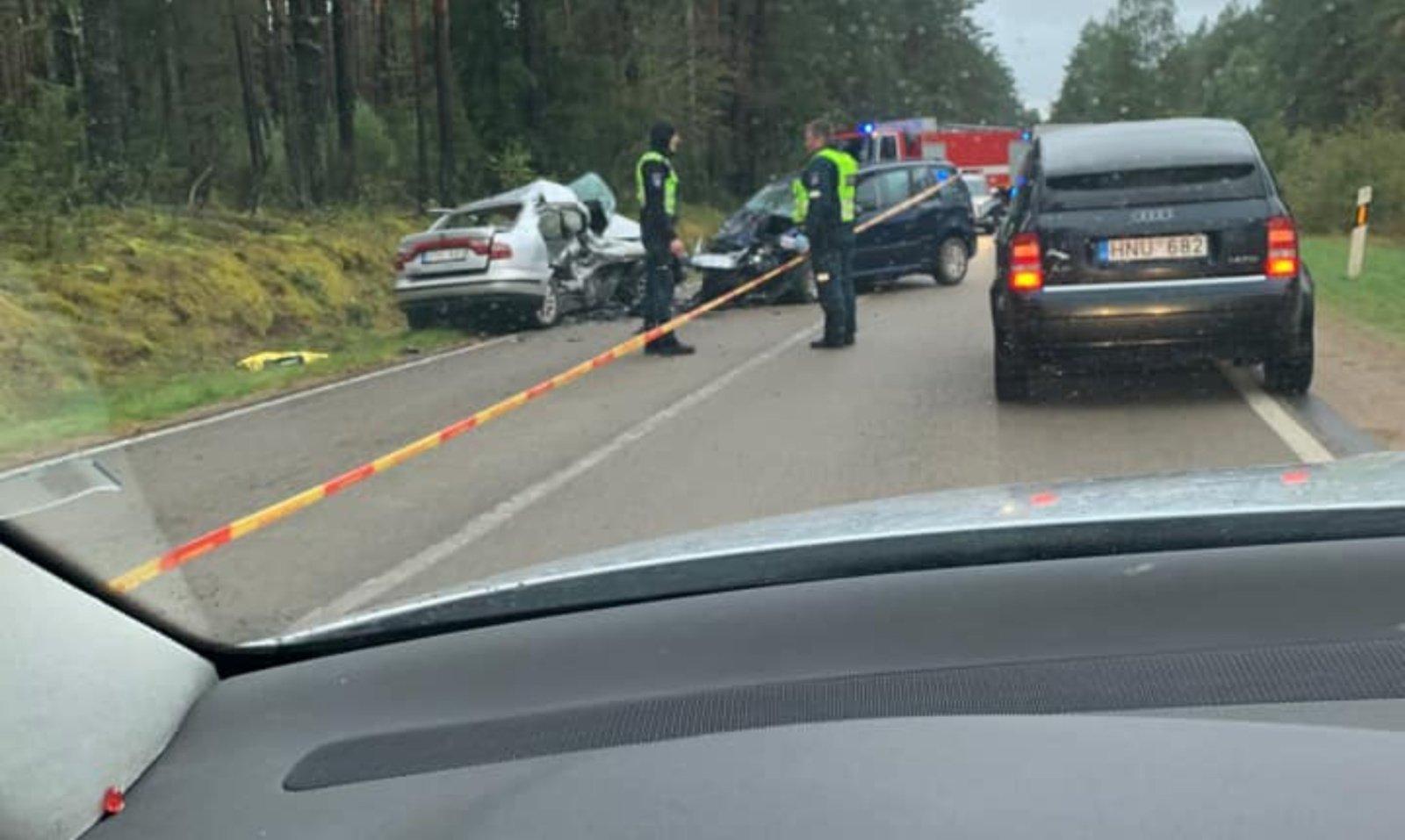Varėnos rajone per avariją žuvo vyras
