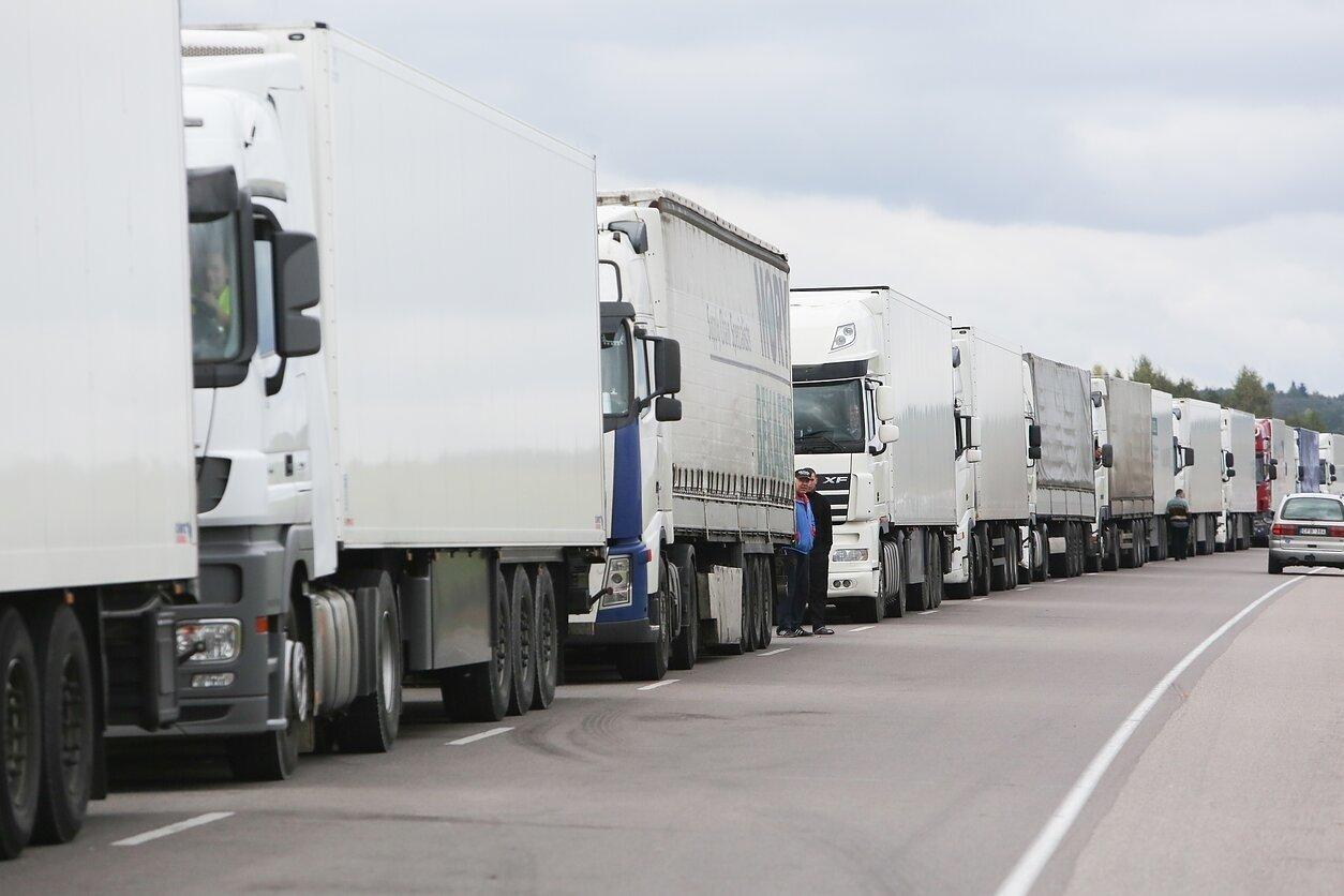 Ekstremali situacija transporto įmonėse – klientai nutraukia sutartis su vežėjais