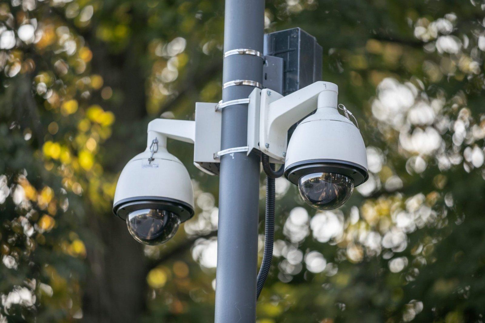 Vilniuje bus daugiau vaizdo stebėjimo kamerų – 30 jų atsiras prie mokyklų