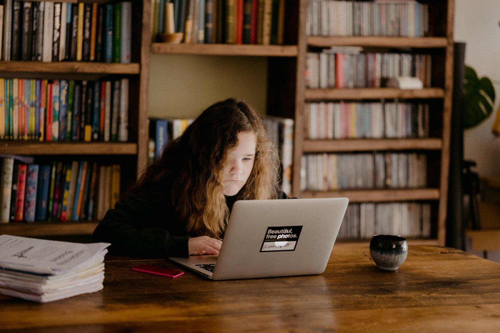 Tyrimas: pirataudami knygas net nejaučiame kaltės