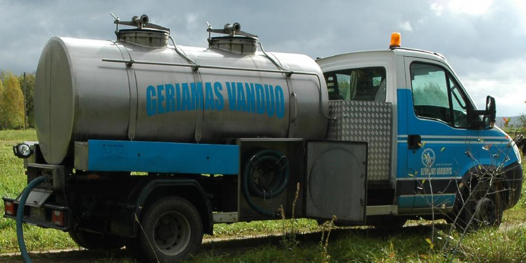 Avarija vandentiekyje: be vandens liko Žuvinto gatvės namų gyventojai