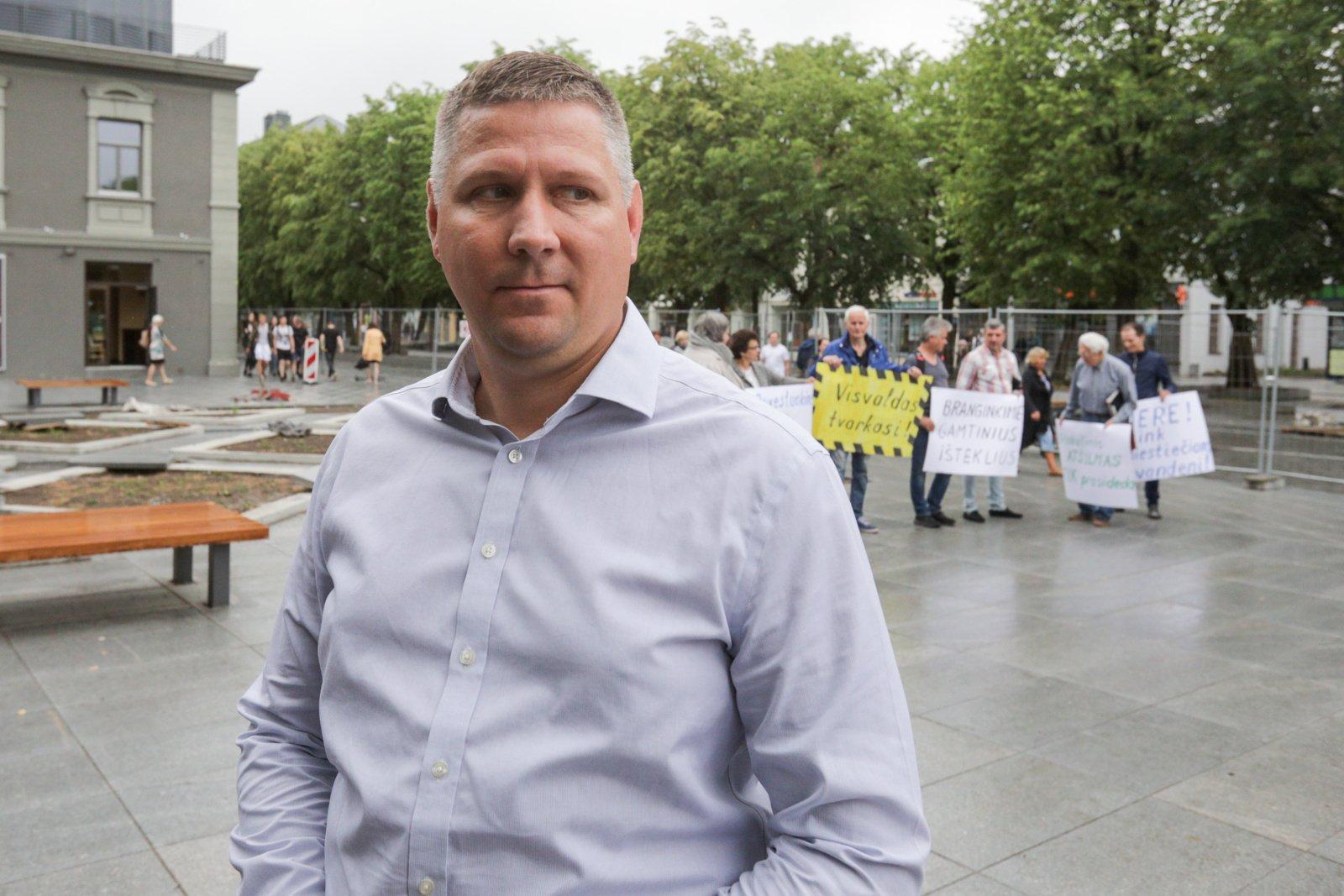 Konservatoriai dėl Kauno savivaldybės administracijos direktoriaus kreipėsi į FNTT ir STT