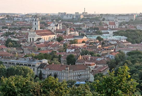 Bažnyčiai ir savivaldybei nesutariant dėl sklypo mokyklai Vilniuje, klausimą svarstys Vyriausybė