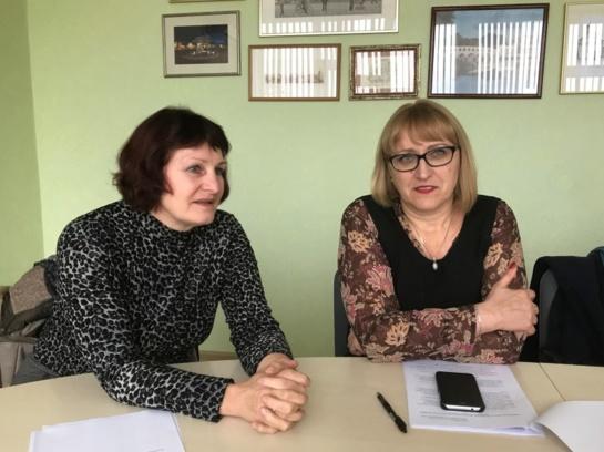 Siūloma skatinti rajono mėgėjų meno kolektyvus ir atlikėjus