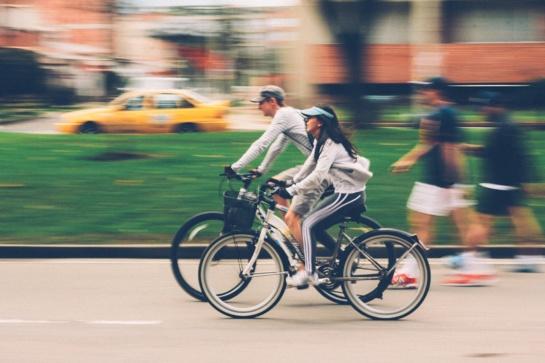 Grėsmė kelyje – nematomi dviratininkai: ko reikia situacijai pakeisti?
