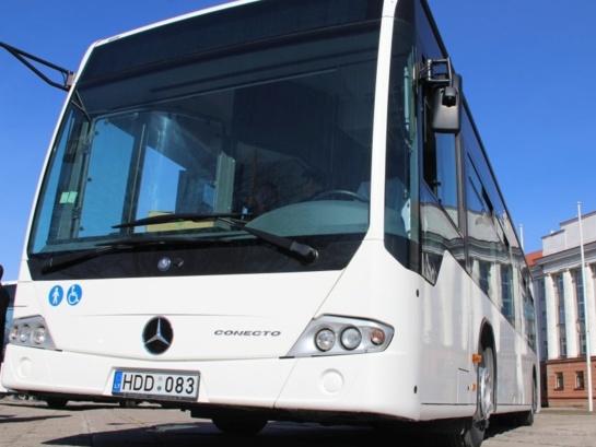 Kiek iš tiesų vertas simbolinis miesto autobusų bilieto pabrangimas Šiauliuose?