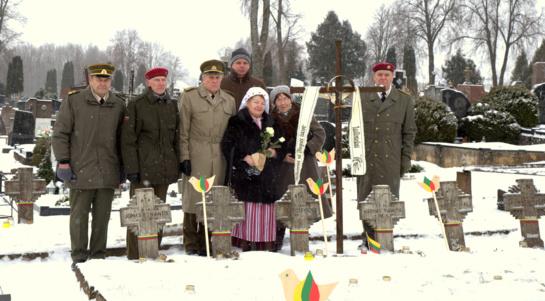 Šimtmečio proga Utenoje pagerbti kovotojai už Lietuvos laisvę