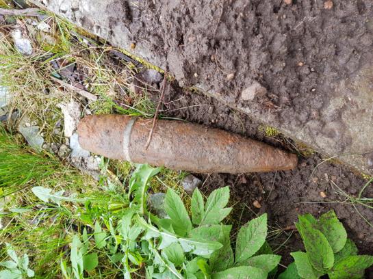 Ukmergės rajone rastas nesprogęs artilerijos sviedinys