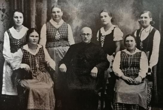 Lietuvės jau prieš šimtą metų vienijosi dėl moterų apšvietimo (IV d.)