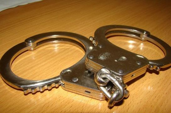 Vilniaus gatvėse sulaikyti keturi vyrai su narkotinėmis medžiagomis