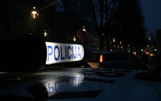 Kaune policijos tyrėjas sukėlė avariją: nukentėjo dviejų automobilių vairuotojos