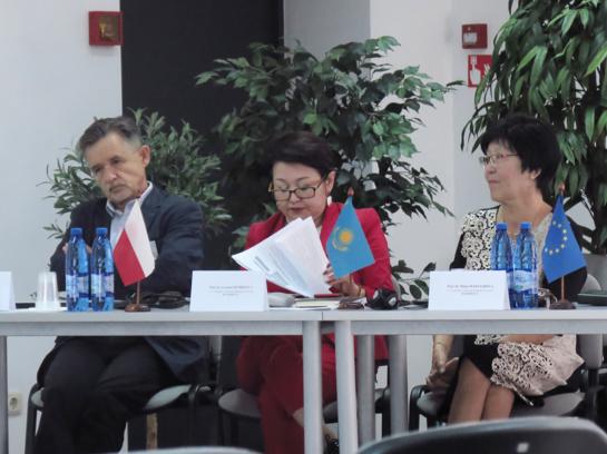 """Universitete – tarptautinė konferencija """"Valstybės vizijos raida XXI a.: tautinis ir tarptautinis kontekstas"""""""