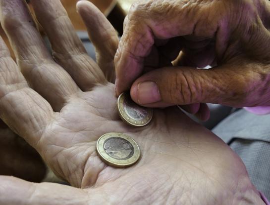 Miestiečiai dėl skurdo rizikuoja pasivyti kaimo gyventojus