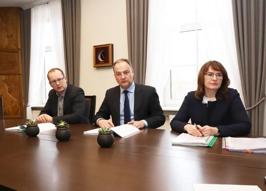 Pasirašyta komunalinių atliekų surinkimo ir vežimo Šiaulių mieste trišalė sutartis