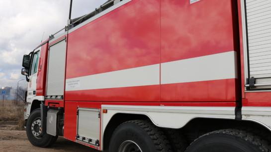 Vikonių kaime ugniagesiai tramdė ugnį