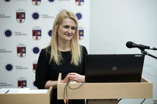 Dr. Simona Potelienė: viena svarbiausių investicijų į žmogiškąjį kapitalą – išsilavinimas