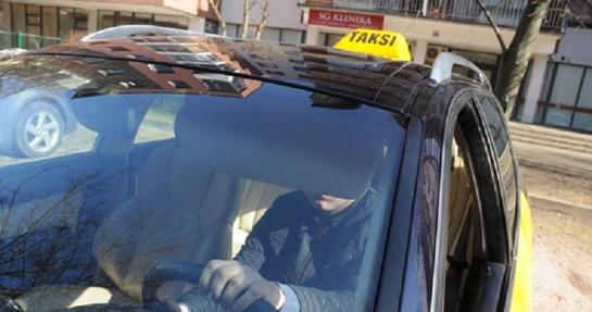 Taksi žlunga? Įmonių vairuotojai tampa pavėžėjais