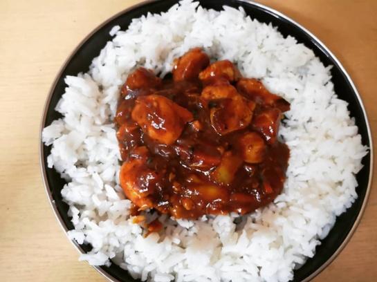 Vištiena kiniškai: vos per pusvalandį - egzotiški pietūs ar vakarienė