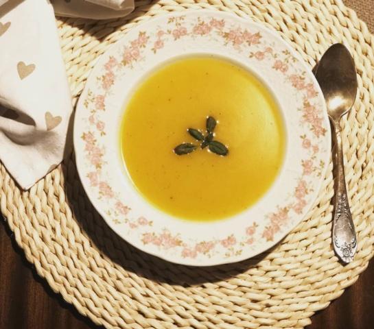 Ir figūrai, ir skoniui: trinta cukinijų sriuba