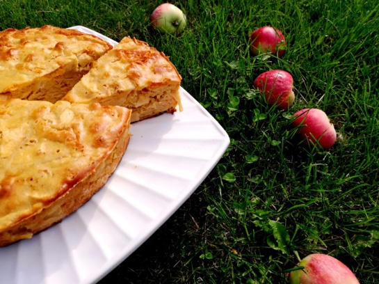 Nenuodėmingas obuolių pyragas: be gliuteno ir cukraus