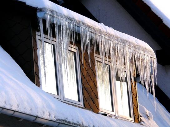 Šilti ir jaukūs namai žiemos sezonu – misija įmanoma