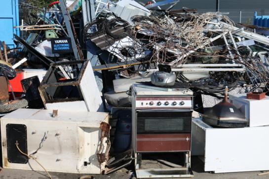 Primename apie birželio mėnesio Šiaulių mieste vykdomą didelių gabaritų atliekų surinkimą apvažiavimo būdu