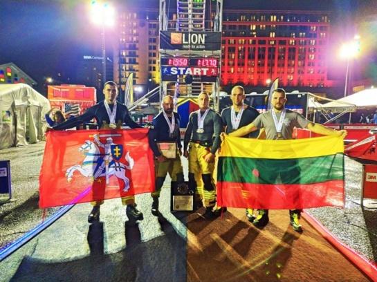 Pasvalio vėliava plaikstėsi pasaulio gaisrininkų čempionate