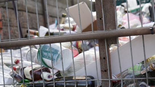 Primename apie birželio mėnesio Šiaulių mieste vykdomą pavojingų atliekų surinkimą