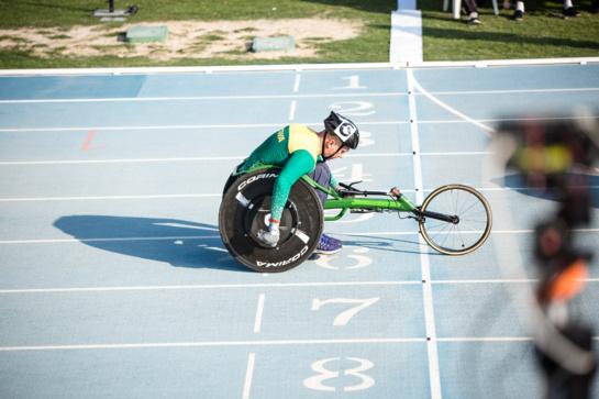 Į šeštą paralimpiadą karjeroje – atnaujintu lenktyniniu vežimėliu
