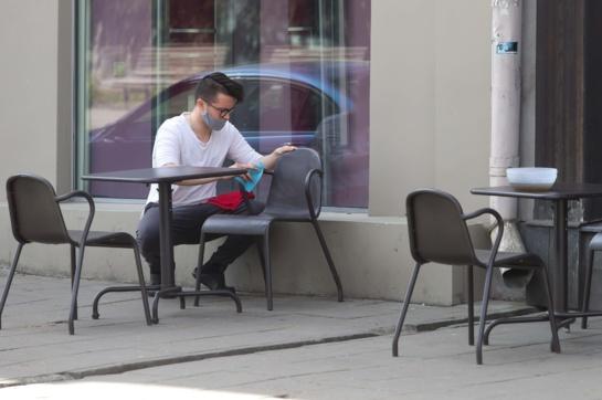 Du koronaviruso atvejai patvirtinti vienos Panevėžio kavinės lankytojams