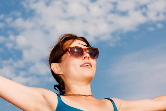 Odos nudegimai saulėje: pirmoji pagalba ir prevencija
