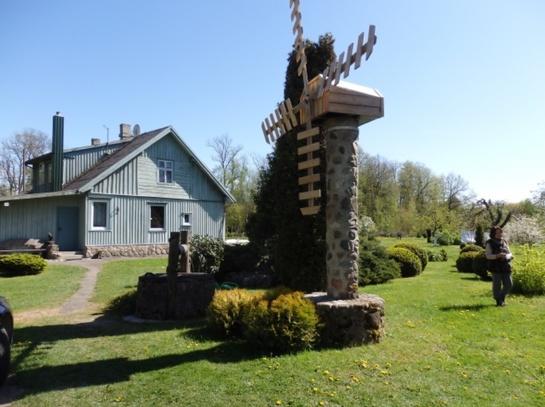 Etnografinio stiliaus sodyba – dalelė Lapių kaimo istorijos