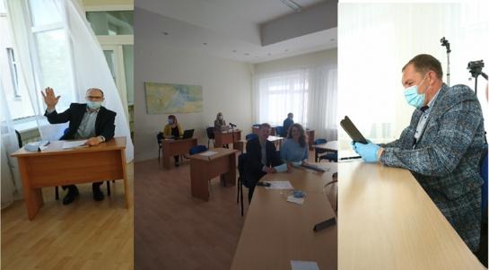 Taryba skyrė priedus medicinos įstaigų vadovams