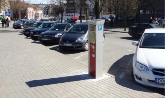 Atnaujinama rinkliava už transporto priemonių stovėjimą