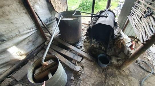 Širvintų rajone aptiktas naminukės fabrikėlis