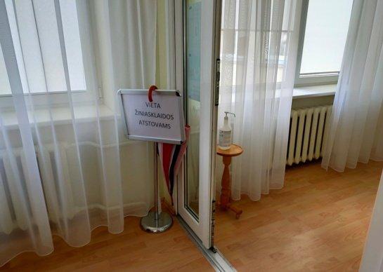 Bandymas užtrenkti duris viešumui nepavyko