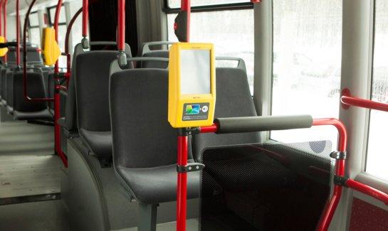 Autobuse nepilnametis smurtavo prieš moterį