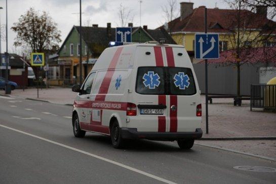 Vyrų mirties priežastis tiria policija