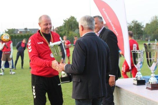 Jurbarke apdovanoti Lietuvos mažojo futbolo čempionato nugalėtojai