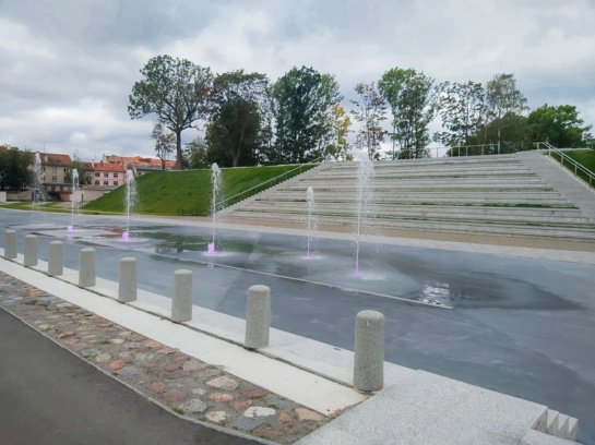 Klaipėdoje išbandomas modernus fontanas Jono kalnelyje