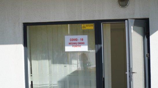 Ligoninėse dėl COVID-19 gydomi 386 žmonės, 37 iš jų – reanimacijoje