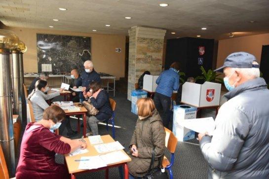 Išankstinis balsavimas Panevėžyje: balsuojama aktyviau ir be pažeidimų