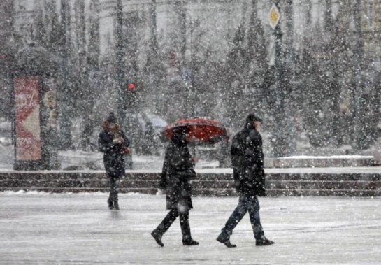 Kelininkai: eismo sąlygos naktį dėl šlapdribos, lietaus ir plikledžio bus sudėtingos
